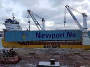 New crane arrives at Newport News Shipbuilding - AIT Marine